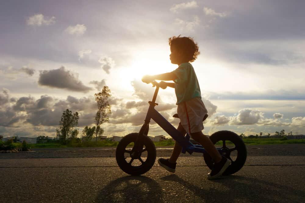 Photo of Çocuklarda Bisiklete Binmeyi Öğrenme Zamanı