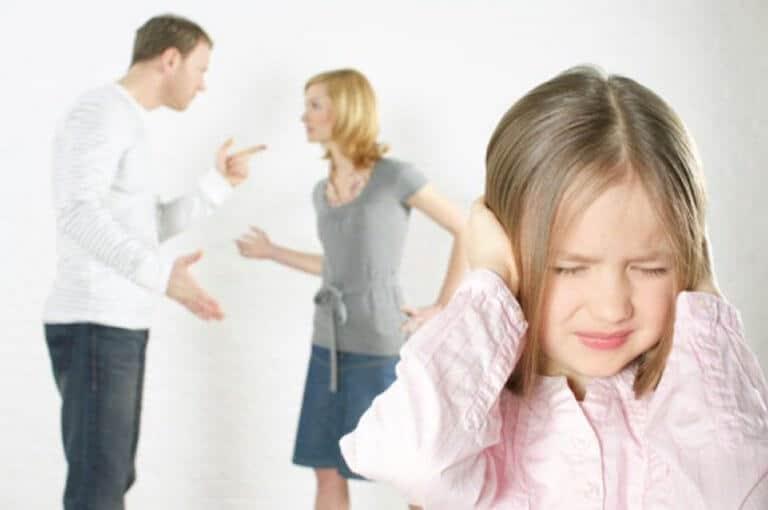 Photo of Boşanan çiftin çocuğu olmak