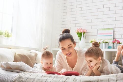 Photo of Çocuğunuza yüksek sesle kitap okuyun!