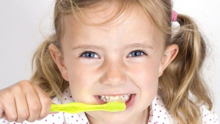 Photo of Çocuklarda diş bakımı