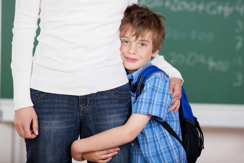Photo of Okulun İlk Günü! Peki Ne Kadar Süre Çocuğunuzun Yanında Kalmalısınız?
