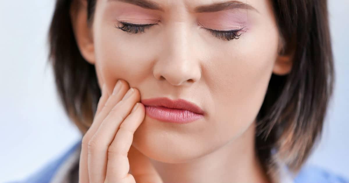 Photo of Diş sağlığı bebeği etkiler mi?