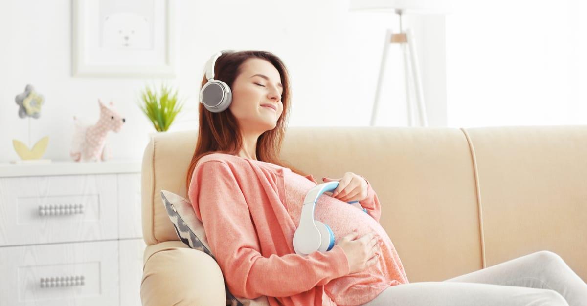 Photo of Doğum Sırasında Dinleyebileceğiniz Şarkılar