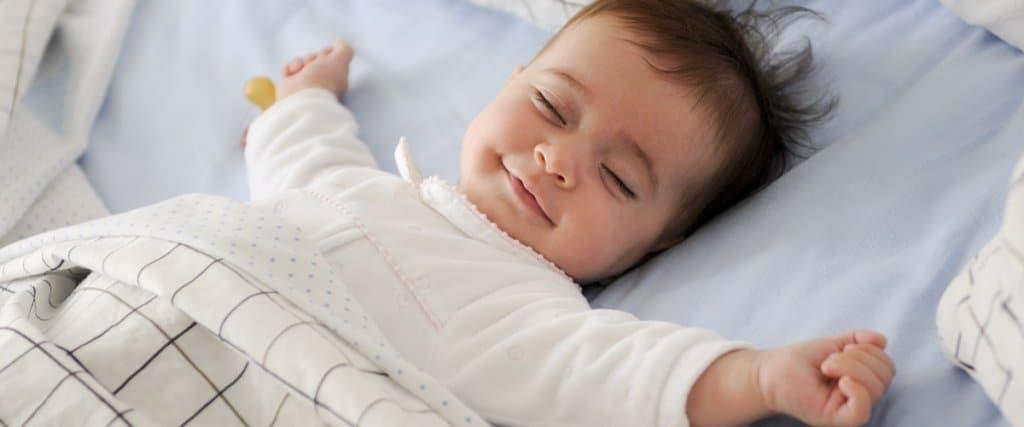 Bebeklere Rahat Uyku Önerileri