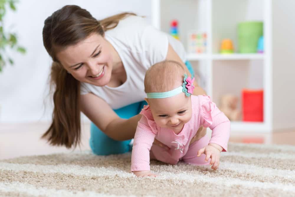 bebek-emeklemesi