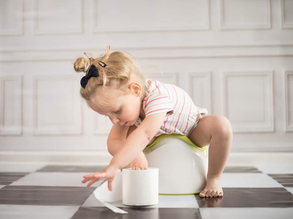 Photo of Tuvalet Eğitimine Yardımcı Olacak Ürünler Nelerdir?