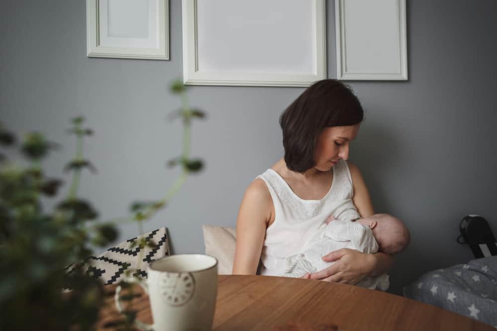 Photo of Anne Sütünü Artırmak İçin Ne Yemeliyim?