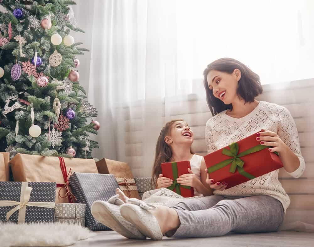 Photo of Anneye Alınacak En Güzel Yeni Yıl Hediyeleri!