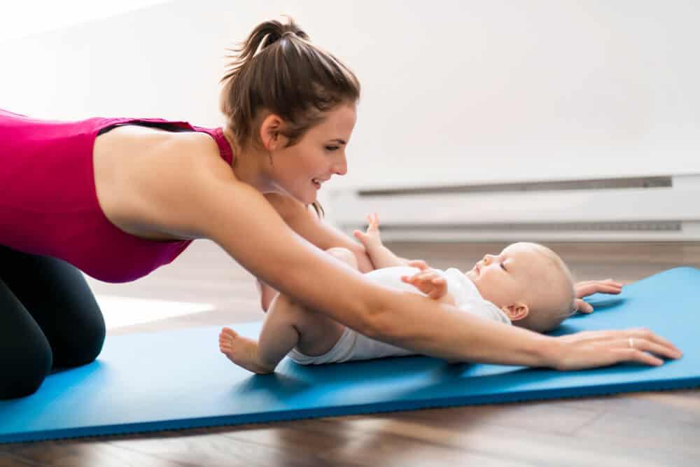 Photo of Anne Bebek Yogası Hakkında Her Şey!