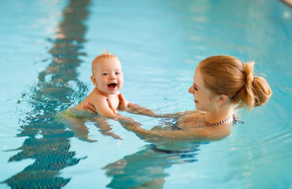 bebek yüzme