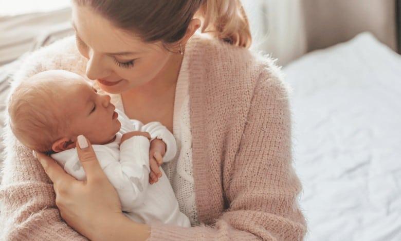 Doğum Sonrası Annelerin Merak Ettiği 10 Şey