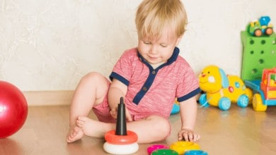 Photo of 2 Yaş Bebekler İçin Evde Etkinlik Önerileri