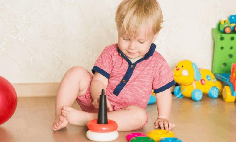 2-yas-bebekler-icin-evde-etkinlik-onerileri