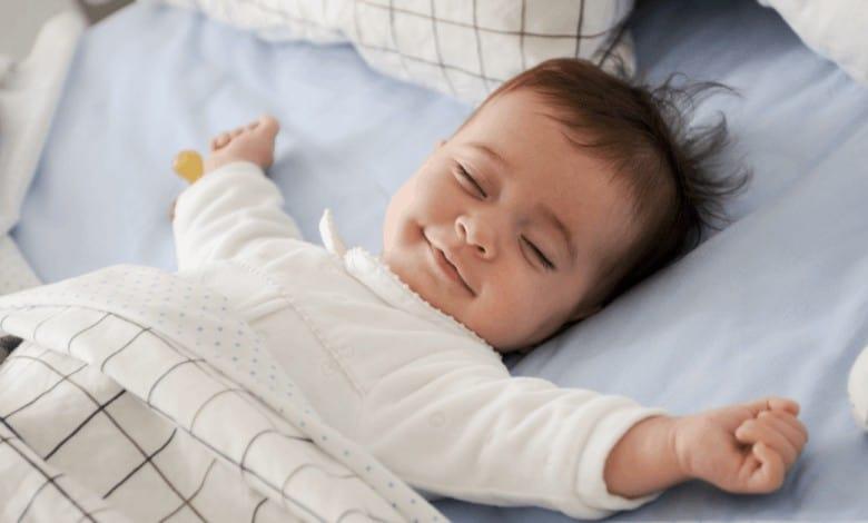 3-6-aylik-bebeklerde-uyku-duzeni