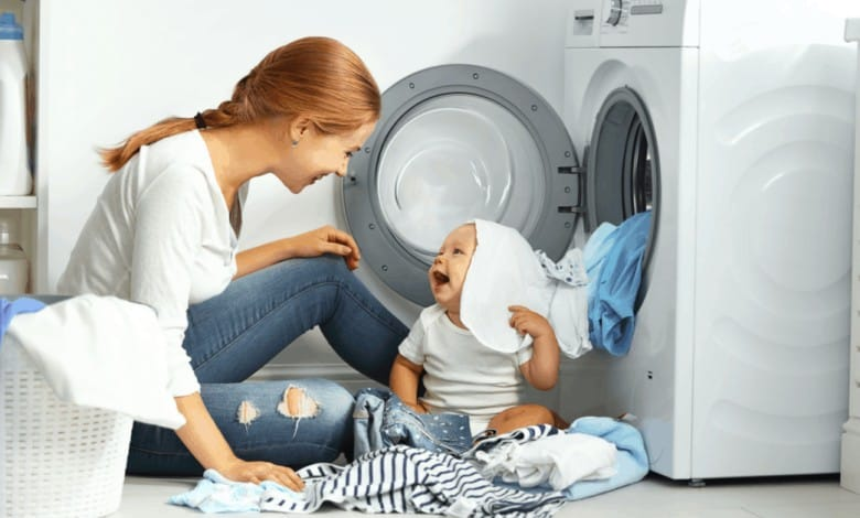 bebeginizin-kiyafetlerini-nasil-dezenfekte-edersiniz