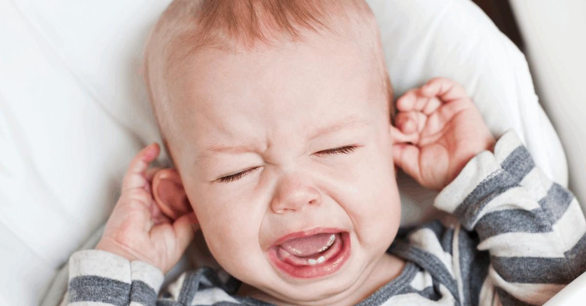 Bebeklerde Orta Kulak İltihabı Sebepleri ve Tedavisi!