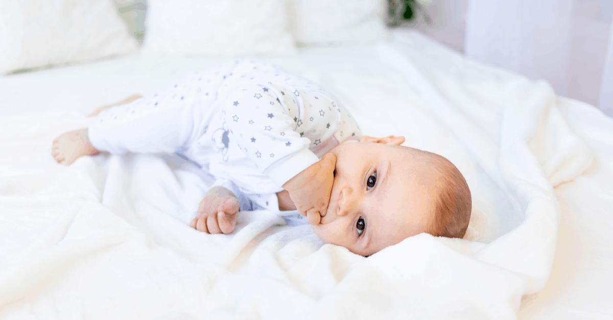 parmak-emen-bebeklerde-guven-ve-odul-sistemi