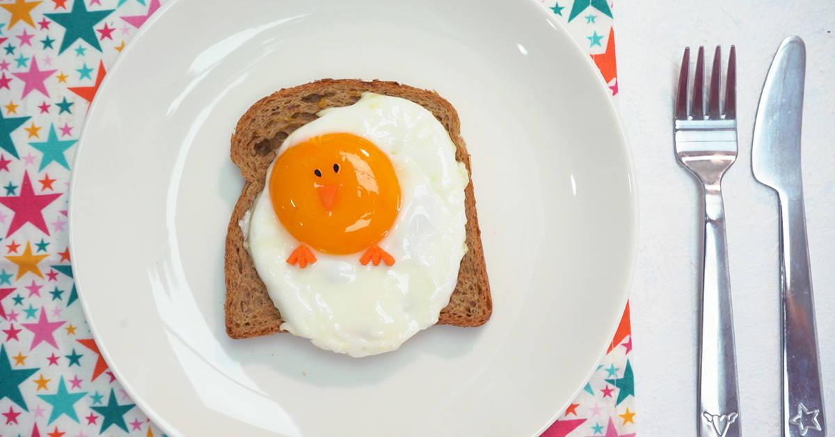 Bebekler İçin Eğlenceli Tabak: Civciv Yumurta