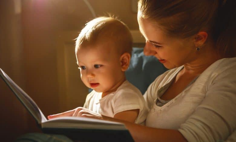 bebeklere-ne-zaman-kitap-okumaya-baslamali