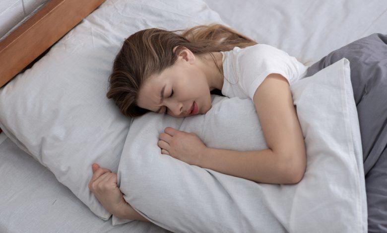 dogum-sonrasi-anneler-icin-uyku-tuyolari