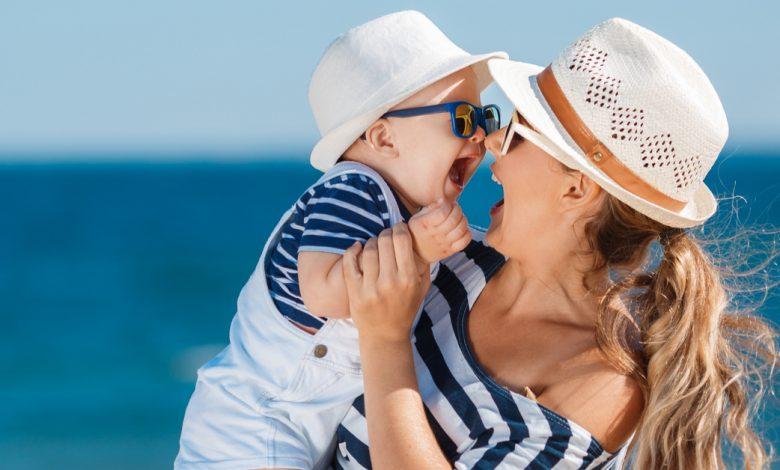 yaz-aylarinda-bebek-bakimi-ile-ilgili-11-oneri