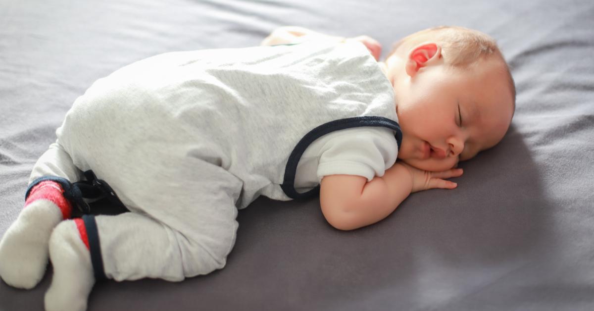 bebekler-dogru-uyku-pozisyonuna-nasil-alistirilir