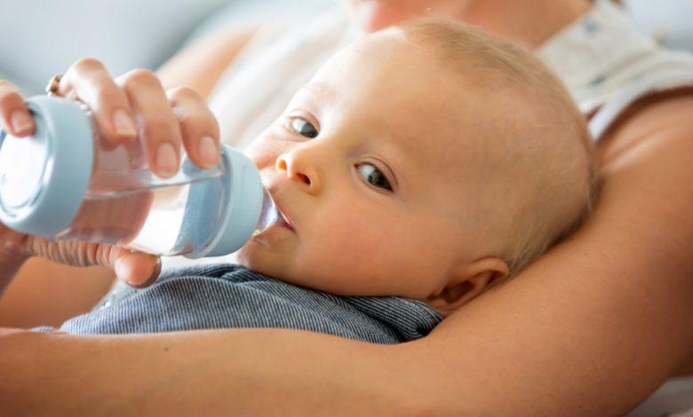 Bebeklere Su İçirmenin Yolları