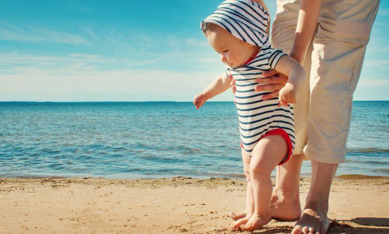 yaz-aylarinda-bebekler-nasil-giydirilir