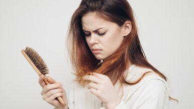 Photo of Doğum Sonrası Saç Dökülmesi Neden Olur? Ne İyi Gelir?