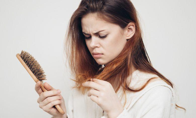 Doğum Sonrası Saç Dökülmesi Neden Olur? Ne İyi Gelir?